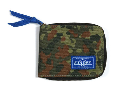 SUNDAY PACHYDERM Bi-Fold Zip Up Wallet